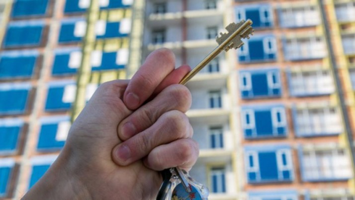 Рух «Справедливість» виграв суд проти чиновника Держфінінспекції і повернув киянці квартиру