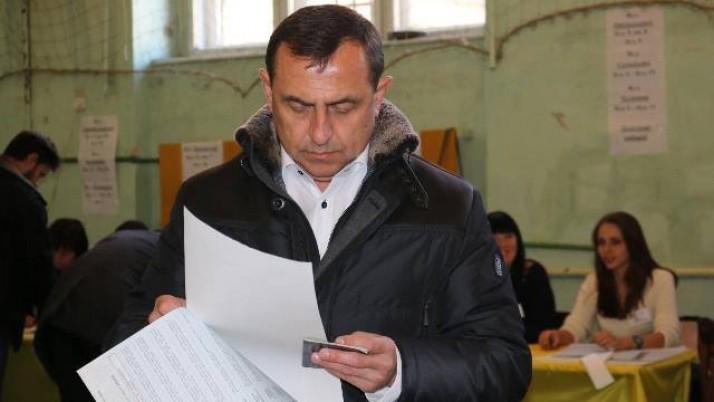 Петро Колодій: треба вигнати підрахуїв і повністю оновити склад виборчих комісій