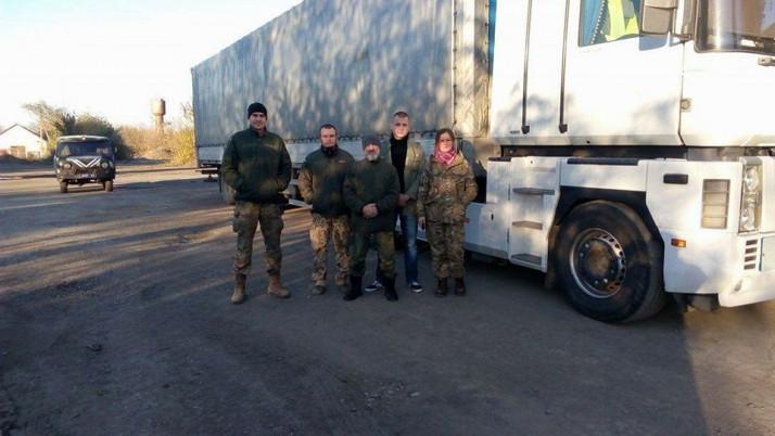 Анестезіст ПДМШ привіз 20 тонн продуктів бійцям 30 ОМБр