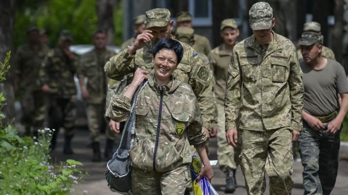 Чому керівництво АТО не залучає кваліфікованих медиків до порятунку солдат? (відео)