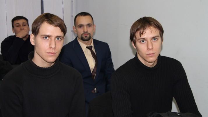 Спецкомісія МВС заперечує в суді участь добровольців в АТО