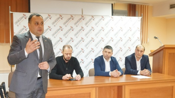В Ужгороді створили міську парторганізацію  Руху Валентина Наливайченка «Справедливість»