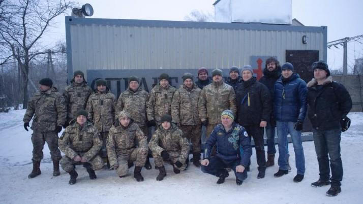 На передовій війни в Україні: солдати укріплюють позиції