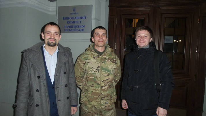 Чернігівські юристи-волонтери відвоювали кімнату бійцю-добровольцю Руденку