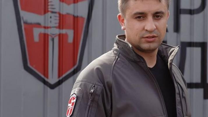 До президента України на автобусі «Рейси на Москву» із триколором (відео)