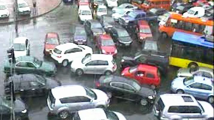 Транспортний колапс: чи бути комфорту та безпеці на дорогах Київщини?