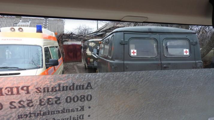 Післяріздвяні вітання «з-за поребрика»: медевак ПДМШ евакуює поранених бійців