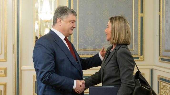 Моґеріні лукавить: ЄС вже давно втомився від української влади, – Лубківський