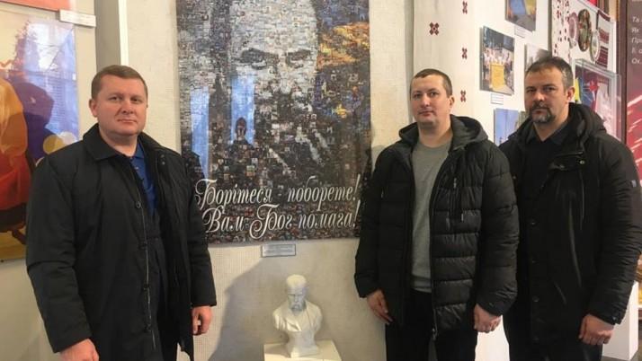 У Каневі «Справедливість» вшановує Тараса Шевченка
