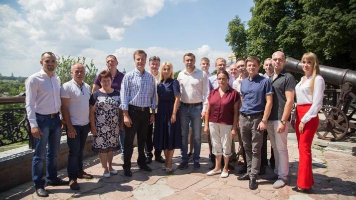 Валентин Наливайченко зустрівся з громадою в Чернігові