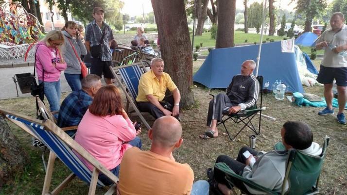 Рух «Справедливість» Рівненщини підтримав протест проти закриття Млинівської гімназії