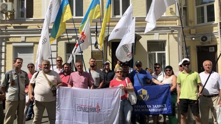 Суд Анастасії Приходько проти Адміністрації Президента перенесли