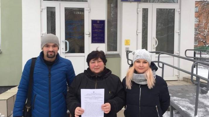 Рух «Справедливість» Чернігівщини захистив матір воїна ООС у суді